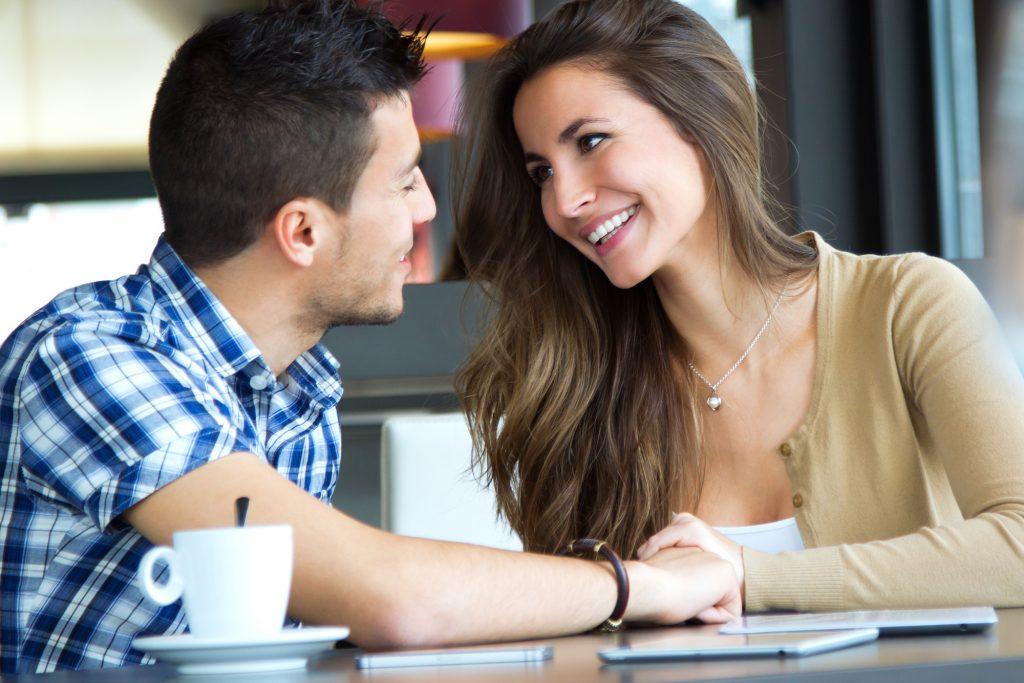 Flirtverhalten bei Männern und Frauen - Flirt.de News