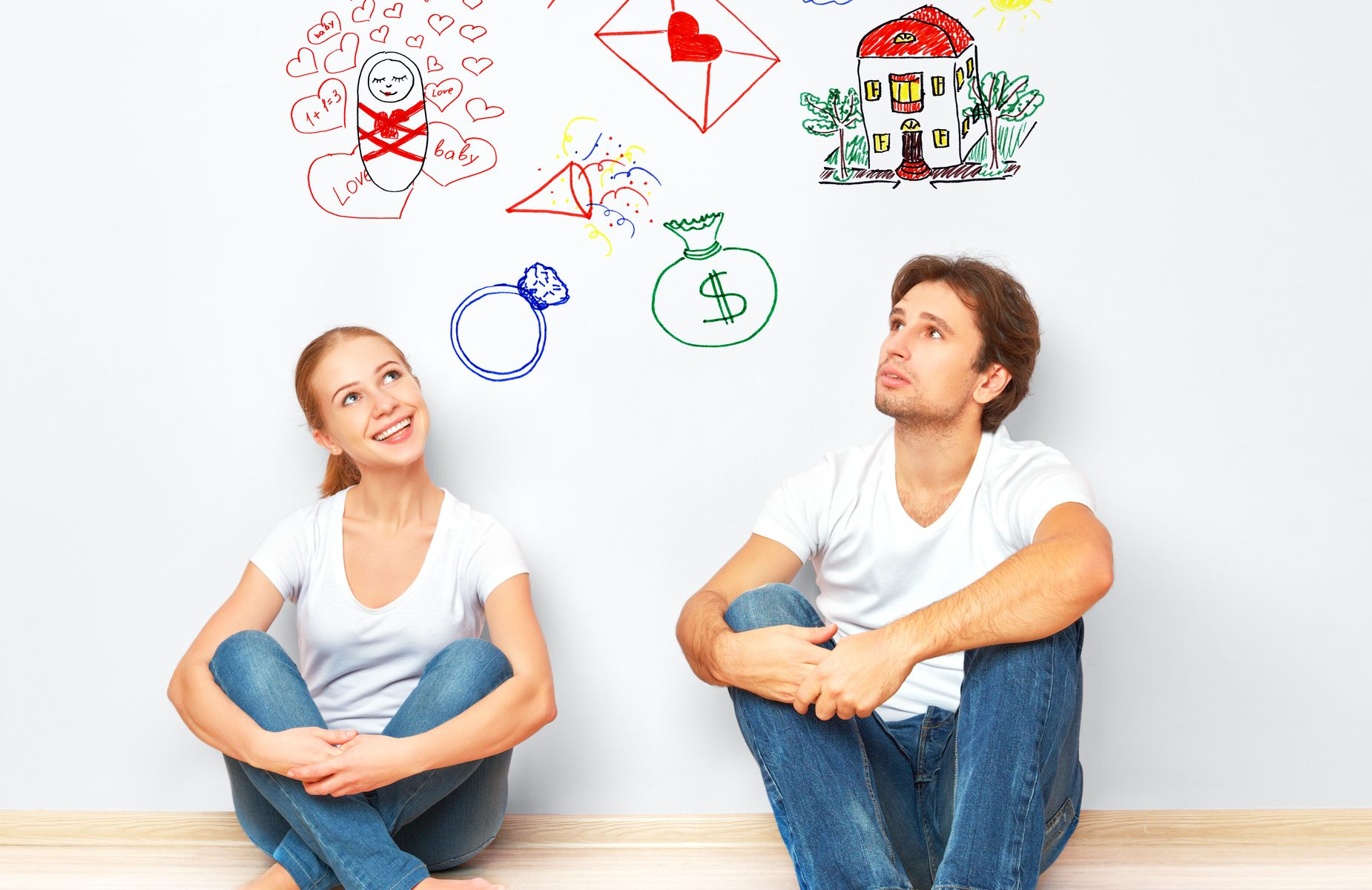 Junges Paar plant die Zukunft